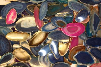 Agat tosidig polert skive oval 5 til 7cm lang