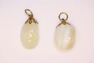 Agat hvit tulipananheng gullfarget topp ca 2.5cm