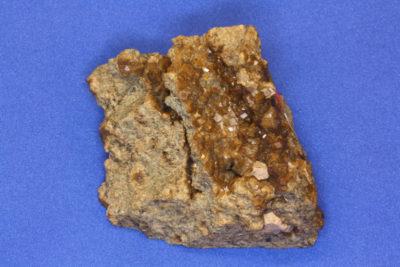 Granat Andraditt fra Grua på Lunner  Norge 220g 5x6cm