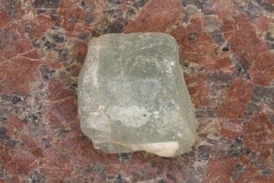 Aquamarin krystall 23g 20x25mm fra Chumar Bakhoor i Pakistan
