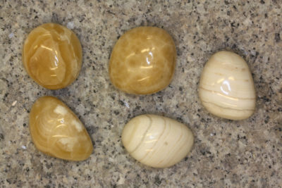 Aragonitt gul håndslipt ca 3cm