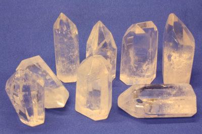 Bergkrystall slipt i krystallform 4 til 5cm