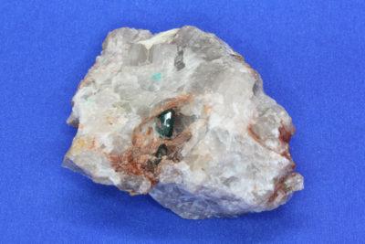 Dioptas D krystaller på moderstein fra Omaue Mine Namibia 100g 4.5x6cm