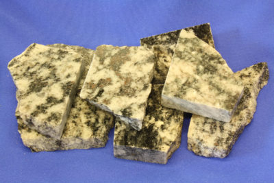 Granat gneis  platebit 4 til 5cm