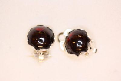 Granat rød sølv øreclips med 10mm stein
