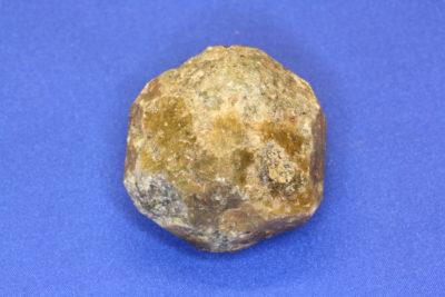Granat Grossular krystall 105g 4x4cm