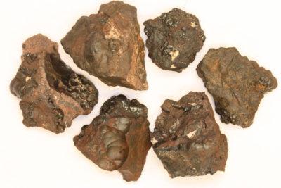 Hollanditt på moderstein 2 til 4cm fra Tangen ved Hurdalsjøen