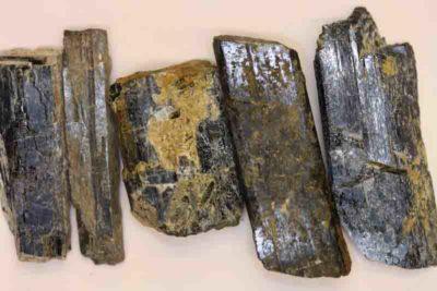 Hornblende krystall 4 til 6cm