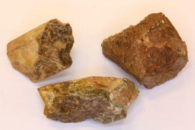 Monazitt krystall 2 til 2.5cm i mikro eske