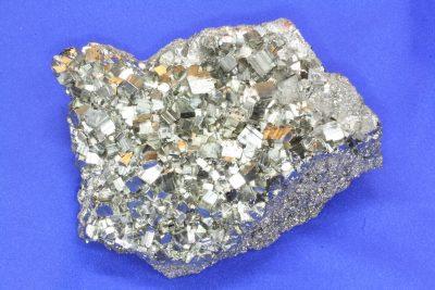 Pyritt gruppe 1kg 10x12cm fra Huanzala Mine i Peru