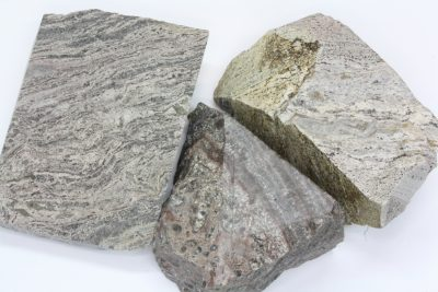 Rhyolitt fra Sande i Vestfold råsteinsbit 4 til 5cm