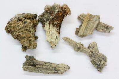 Skapolitt gruppe ca 3cm fra Skjerpemyr på Grua Norge