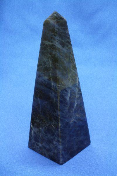 Sodalitt B obelisk 185g 118mm høy