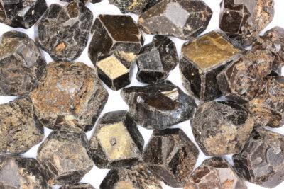 Granat Melanitt  krystall Brasil ca 2cm