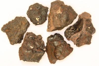 Hollanditt på moderstein 2 til 4cm fra Tangen gruver på Berntsbråten i Nannestad Norge