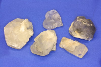 Calcitt krystalinsk krystall 4 til 6cm