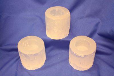Selenitt hvit T lys holder ca 7cm høy
