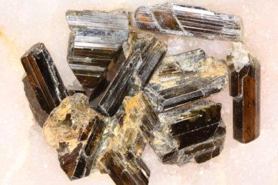 Epidot krystall ca 3cm