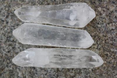 Bergkrystall dobbelt terminert krystall 6 til 8cm lang