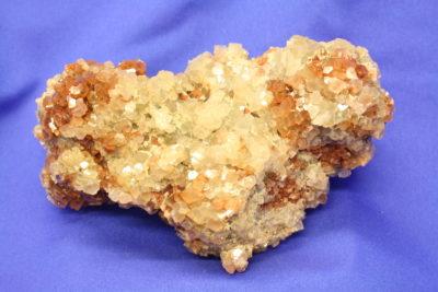 Aragonitt gruppe fra Tazouta Marokko 1.1kg 9x15cm