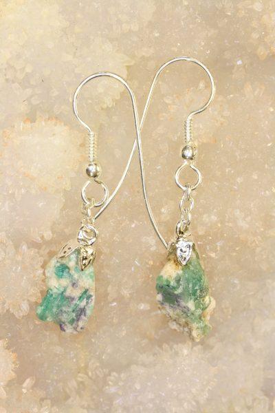 Smaragd Norge øreheng med sølvkrok og 2 krystaller