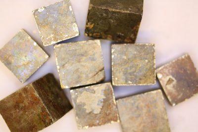 Pyritt krystall fra Spania ca 20x20mm