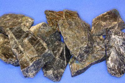 Spektrolitt sort krystall 3 til 5cm