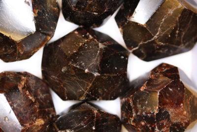 Granat Almandin polert krystall ca 5cm