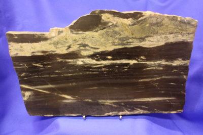 Hornfels Landskap skive 1.7kg 15x25cm 18mm tykk, med stativ