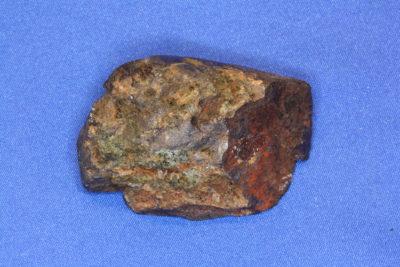 Ilmenitt krystall fra Åmdal i Froland Norge 70g 2.5x5cm