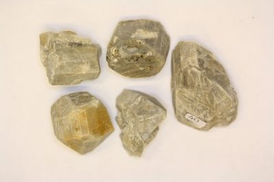 Mikroklin krystall 2 til 3cm