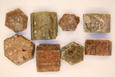 Aragonitt brun krystall 2 til 3cm  fra Minglanilla Spania