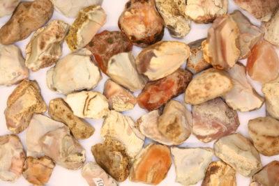 Agat Botswana råsteinsbit ca 2cm