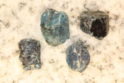 Apatitt blå krystall ca 15mm