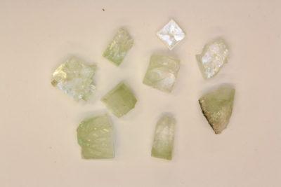 Apophyllitt grønn krystall ca 1cm