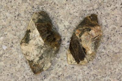 Astrophyllitt i moderstein 4 til 6cm