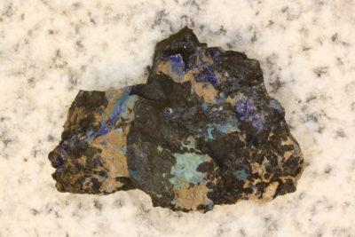 Auricalcitt  på moderstein fra Kipushia i Zaire 23g 3×4.5cm