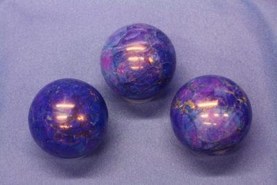 Magnesitt farget blå kule ca 40mm