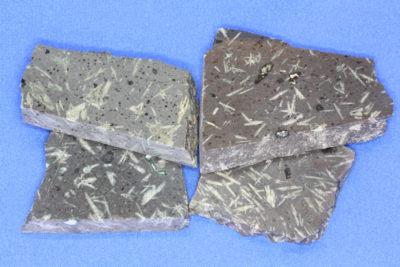 Porfyr stjerne platebit 5 til 6cm fra Kjellandsvik på Jeløya
