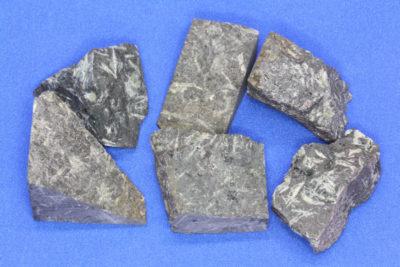 Porfyr stjerne råsteinsbit ca 3cm fra Kjellandsvik på Jeløya