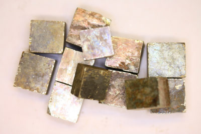 Pyritt krystall fra Spania ca 15x15mm