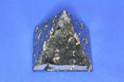 Pyritt pyramide 330g ca 6x6cm