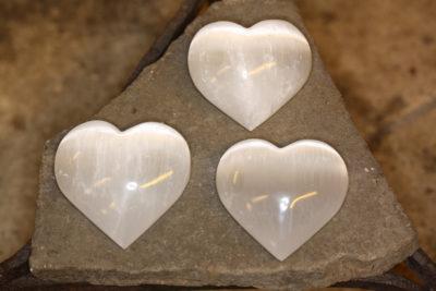Selenitt hvit hjerte ca 60mm