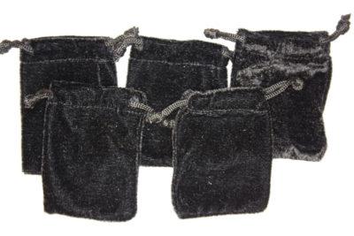 Smykkepose sort fløyel 6.5×8.5cm