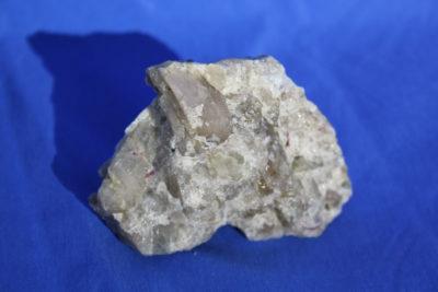 Spodumen krystaller i moderstein 190g 5x7cm fra Haapaluoma, Peräseinäjoki i Finland