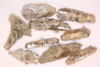 Topas gyllen krystall 20 til 30mm lang fra Utah