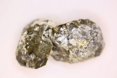Idocras grønn krystall fra Sauesetra Drammen 28g 22x42mm