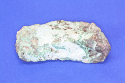 White Angel på Chrysocolla 150g 4.5x10cm fra Morenci i Arizona