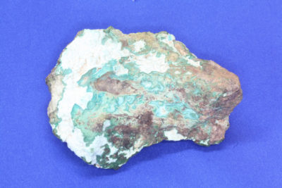 White Angel på Chrysocolla 200g 6x9cm fra Morenci i Arizona