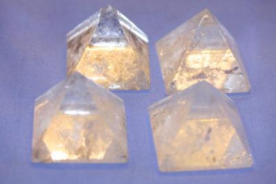 Bergkrystall pyramide 40x40mm